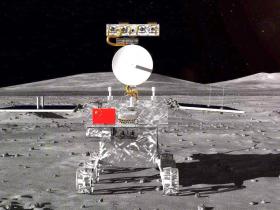 嫦娥飞到月球背面,看看外星人和金字塔