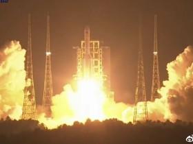 为什么登月舱起飞画面中看不到火箭的尾焰?